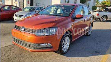 Foto venta Auto usado Volkswagen Polo 1.6L Base 5P (2018) color Naranja precio $174,900