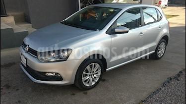 Foto venta Auto Seminuevo Volkswagen Polo 1.6L Base 5P (2017) color Plata precio $173,000