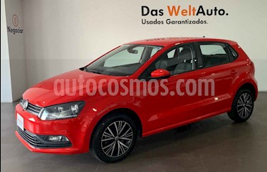 Foto Volkswagen Polo 1.6L Base 5P usado (2019) color Rojo precio $213,000