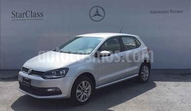 Foto Volkswagen Polo 1.6L Base 5P usado (2017) color Plata precio $169,900