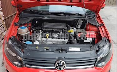 Foto Volkswagen Polo 1.6L Comfortline 4P  usado (2015) color Rojo precio $146,000