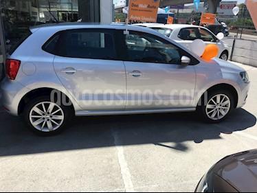 foto Volkswagen Polo 1.6L Comfortline 4P  usado (2018) color Plata precio $200,000