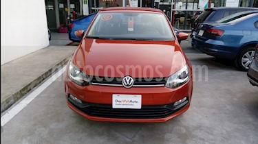 Foto venta Auto Seminuevo Volkswagen Polo 1.6L Comfortline 5P (2018) color Naranja