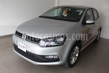Foto Volkswagen Polo 1.6L Comfortline 5P usado (2019) color Plata precio $212,000