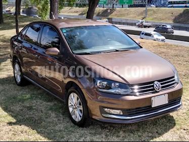 Volkswagen Polo Comfortline usado (2016) color Marron precio $565.000