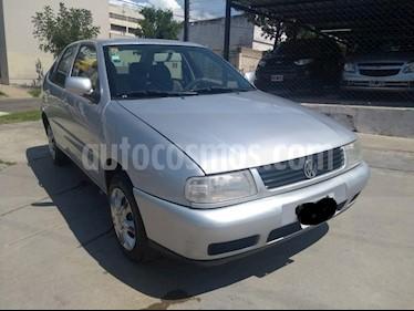 Foto venta Auto usado Volkswagen Polo Classic 1.6 Format GNC (2004) color Gris Claro precio $125.000
