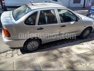 Foto venta Auto usado Volkswagen Polo Classic 1.6 Mi Ac (1997) color Gris precio $135.000