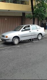 Foto venta Auto Usado Volkswagen Polo Classic 1.6 Mi (1997) color Gris precio $70.000