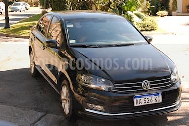 Volkswagen Polo Comfortline Tiptronic usado (2016) color Negro precio $400.000