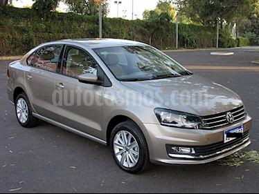 Foto venta Auto usado Volkswagen Polo Comfortline (2018) color Beige precio $489.000