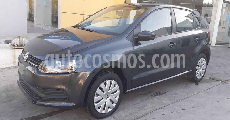 foto Volkswagen Polo 5p Startline L4/1.6 Aut usado (2019) color Gris precio $154,900