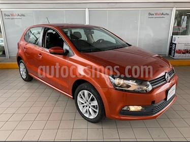 foto Volkswagen Polo 1.6L Base 5P Ac usado (2018) color Naranja Metálico precio $204,900
