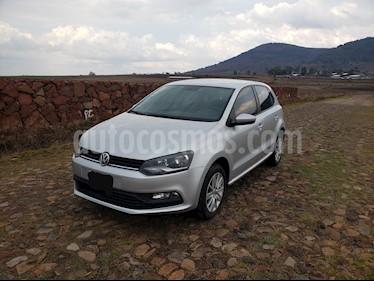 Volkswagen Polo 1.6L Base 5P Ac usado (2017) color Plata precio $170,000