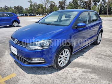 Foto Volkswagen Polo 1.6L Comfortline 5P usado (2019) color Azul precio $219,000