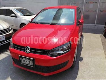 Volkswagen Polo 5p Polo Comfortline Std usado (2013) color Rojo precio $138,000