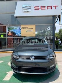 Volkswagen Polo 5p Design & Sound L4/1.6 Aut usado (2020) color Gris precio $231,990