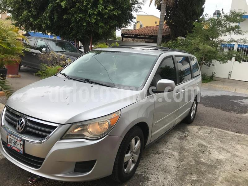 Volkswagen Routan Exclusive Entertainment usado (2009) color Plata Mercurio precio $120,000