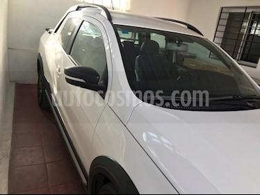 Volkswagen Saveiro 1.6 Cross usado (2018) color Blanco precio $850.000