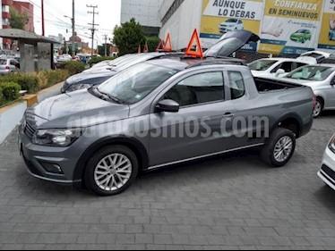 Foto venta Auto usado Volkswagen Saveiro 2p Highline L4/1.6 Man P/Met (2017) color Plata precio $215,000