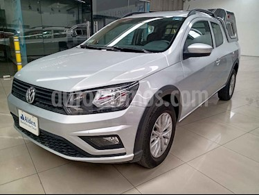 Volkswagen Saveiro 2p Cross Doble Cabina L4/1.6 Man usado (2017) color Plata precio $247,000