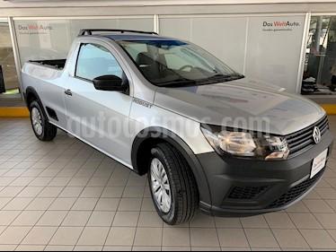 Foto Volkswagen Saveiro Robust (Cabina Sencilla) A/A usado (2018) color Plata precio $219,900