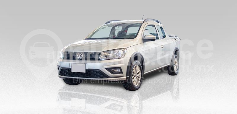 Volkswagen Saveiro Doble Cabina Trendline usado (2017) color Plata Dorado precio $240,000