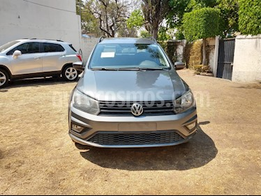 Volkswagen Saveiro Doble Cabina Cross usado (2017) color Gris Platino precio $225,000