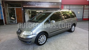 Foto venta Auto Usado Volkswagen Sharan - (2006) color Gris Oscuro precio $279.000