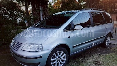Foto venta Auto usado Volkswagen Sharan 1.8 Turbo Trendline Tiptronic (2010) color Gris Plata  precio $339.000
