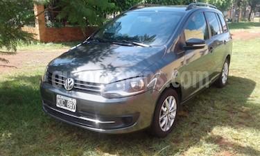 Foto venta Auto usado Volkswagen Suran - (2013) color Gris Oscuro precio $275.000