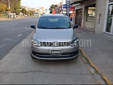 Foto venta Auto usado Volkswagen Suran 1.6 Comfortline (2015) color Beige Arena