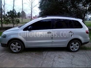 Foto Volkswagen Suran 1.6 Comfortline usado (2010) color Gris precio $220.000