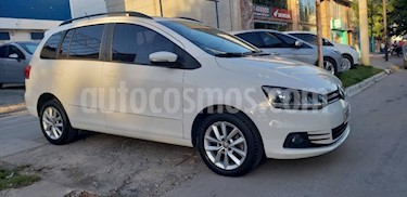 Foto Volkswagen Suran 1.6 Highline Plus usado (2015) color Blanco precio $435.000