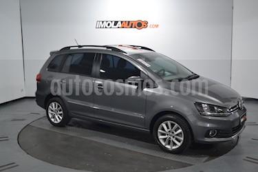Foto venta Auto usado Volkswagen Suran 1.6 Highline (2015) color Gris precio $450.000