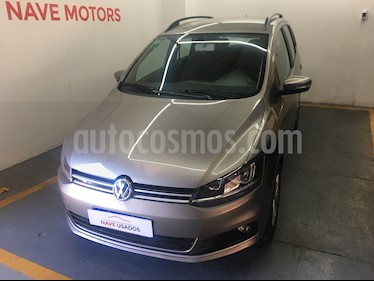 Foto Volkswagen Suran 1.6 Highline usado (2017) color Gris precio $533.500