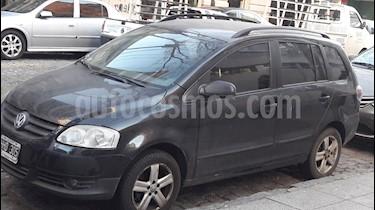 Volkswagen Suran 1.6 Highline usado (2008) color Negro precio $215.000