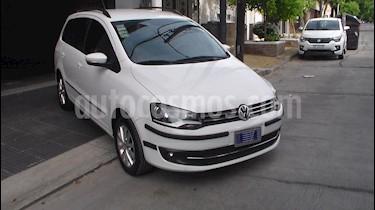 Foto Volkswagen Suran 1.6 Highline usado (2011) color Blanco precio $91.000