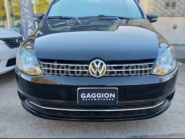Foto venta Auto usado Volkswagen Suran 1.6 Highline (2014) color Negro