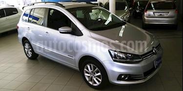 Foto venta Auto usado Volkswagen Suran 1.6 Highline (2014) color Gris Claro precio $230.000