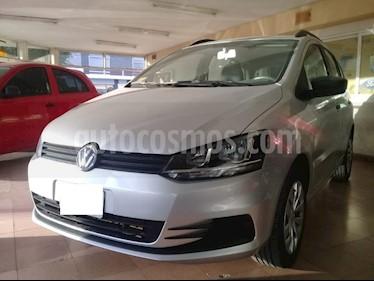foto Volkswagen Suran 1.6 Track usado (2014) color Gris Claro precio $285.000