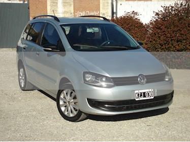 Foto venta Auto usado Volkswagen Suran 1.6 Track (2012) color Gris Claro precio $175.000