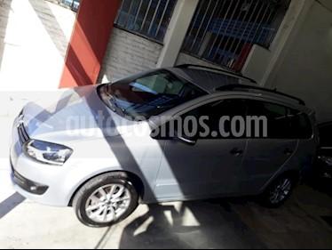 Foto venta Auto usado Volkswagen Suran 1.6 Track (2013) color Gris Claro precio $204.000
