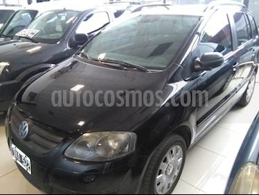 Foto venta Auto usado Volkswagen Suran 1.6 Track (2010) color Negro precio $185.000
