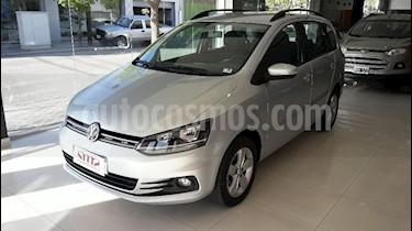 Foto venta Auto usado Volkswagen Suran 1.6 Track (2017) color Gris Claro precio $530.000