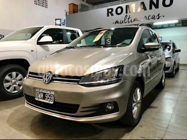 Foto venta Auto usado Volkswagen Suran 1.6 Trendline (2015) color Beige Arena precio $440.000