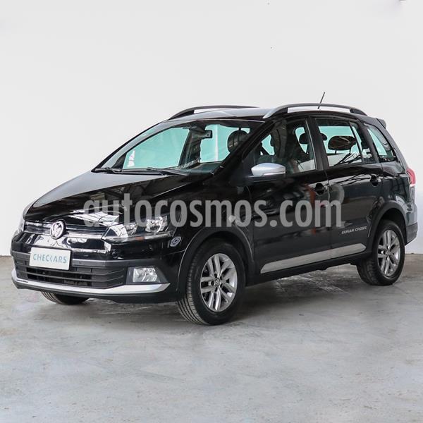 Volkswagen Suran 1.6 Highline usado (2015) color Negro Universal precio $805.000
