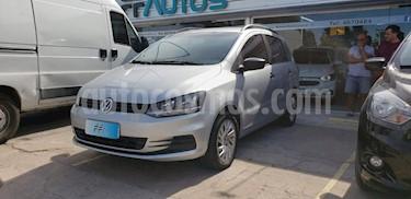 foto Volkswagen Suran 1.6 Comfortline usado (2017) color Gris Claro precio $619.000