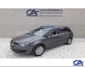 Volkswagen Suran 1.6 Track usado (2014) color Gris Oscuro precio $418.000