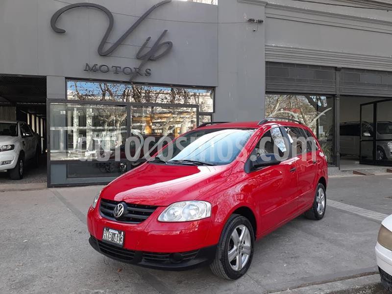 Volkswagen Suran Cross 1.6 Highline usado (2009) color Rojo precio $470.000