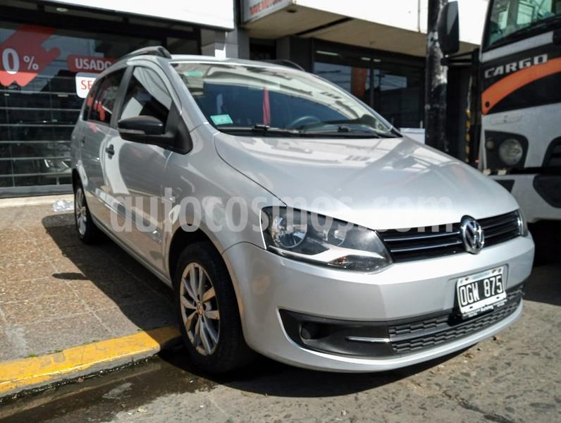 Volkswagen Suran 1.6 Trendline usado (2014) color Plata Reflex precio $639.000